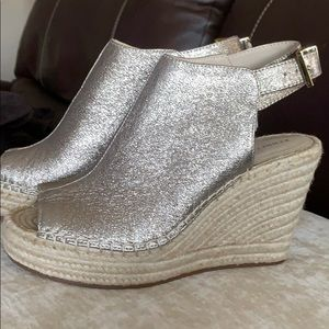 Kenneth Cole Olivia wedge sandal.